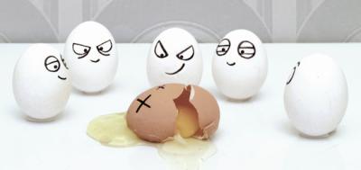 Bullying eggs
